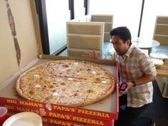 Eating Big Mama's and Papa's Pizza at Hollywood Hack Day.