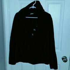 Super comfy & warm Black super comfy hoodie with 3/4 buttons. Worn a couple times. Size M. I bundle with a discount!! Natural Reflections Tops Sweatshirts & Hoodies