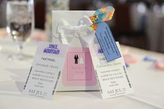 Give your guests a #FastPass to their table #wedding definitely an idea for @Sam Taylor Gambucci