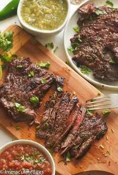 Steak Fajitas, Steak Braten, Steak Fajita Marinade, How To Grill Steak, Marinade For Skirt Steak, Fried Steak, Flank Steak, Jamie Oliver Steak, Skirt Steak Recipes
