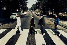 Beatles : une photo inédite sur Abbey Road aux enchères