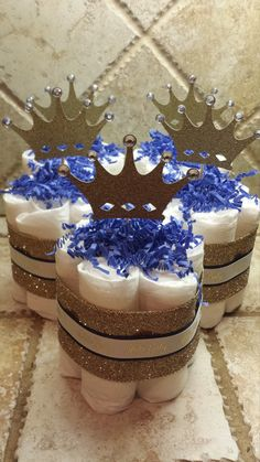 Little Prince Diaper Cake Centerpieces for Baby Shower by 209 Diaper Cakes & Gif. - Baby Shower - Baby Tips Royal Baby Shower Theme, Royalty Baby Shower, Baby Shower Cakes For Boys, Baby Boy Cakes, Baby Shower Table, Boy Baby Shower Themes, Baby Shower Princess, Baby Shower Diapers, Baby Boy Shower