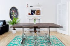 My house on @apttherapy ! Transparent chairs + wood table #color #homedecor