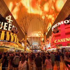 Las Vegas - Nevada - USA. Fremont Street. Fremont Street, Nevada Usa, Las Vegas Nevada, Places To Travel, Utah, Arizona, Fair Grounds, California, Fun