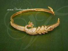 Stunning Indian design bracelet with Zircon stones Simple diamond bracelets glitter enlightening that person whenever Gold Bangles Design, Gold Earrings Designs, Gold Jewellery Design, Bracelet Designs, Gold Bracelet For Women, Gold Jewelry Simple, Indian Gold Bangles, Gold Bracelet Indian, Fashion Jewelry