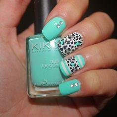 "Nail art design Cátia Martins (@3katiematherslefebvre) no Instagram: ""#nails2inspire #nailpolish #nailpictures #nailvarnish #nailart #naildesign #nailstagram #nails…"""