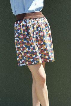 Tuto de jupe avec une bande élastique - Par Issy