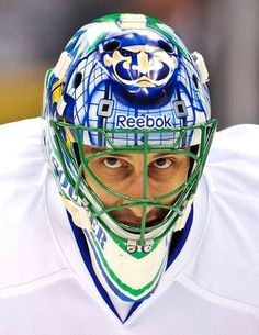 NHL goalie masks of 2013 Hockey Helmet, Ice Hockey Teams, Hockey Goalie, Hockey Games, Hockey Players, Hockey Stuff, Vancouver Canucks, Nhl, Canada Hockey
