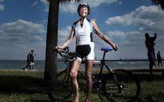 Motivació máxima. 83 anys i segueix competint fent un Ironman. Sense paraules. (Diariodeltriatlon)