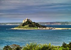 Bucket list! Go back to St Michaels Mount in Cornwall!