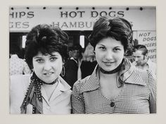 Waiting for Hot Dogs - Southend on Sea by Kevin Lear, England, 1974. l Victoria and Albert Museum #photography #retro