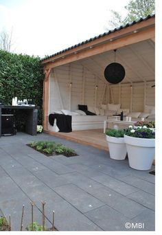 Pergola DIY Attached To House Outdoor Rooms - - Pergola Shade Cover Ideas - Pergola Plans Videos Stones Casa Patio, Backyard Patio, Backyard Landscaping, Garden Decking Ideas, Back Gardens, Outdoor Gardens, Deck Design, Garden Design, Outdoor Rooms