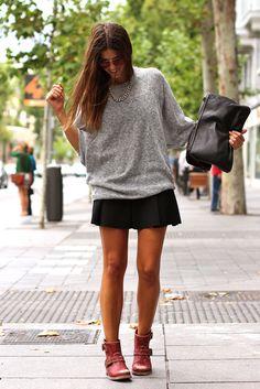 jersey punto gris falda negra