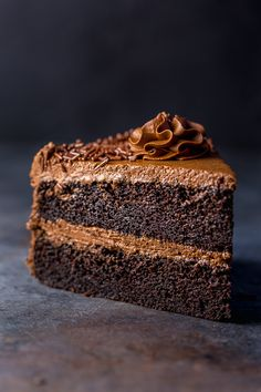Moist and insanely flavorful, this Super Decadent Chocolate Cake with Chocolate Fudge Frosting is the only chocolate cake recipe you& ever need! Only Chocolate Cake Recipe, Chocolate Fudge Frosting, Decadent Chocolate Cake, Fudge Cake, Chocolate Desserts, Melting Chocolate, Chocolate Toffee, Brownie Cake, Zucchini Cake