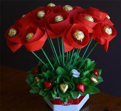 Make Candy Bouquet | Chocolate Bouquets Brisbane, Edible bouquets Brisbane - Blooming ...