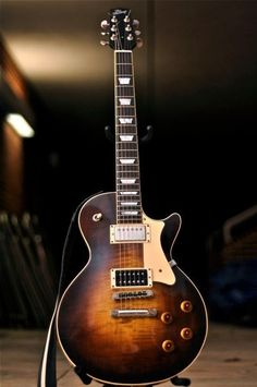 Gibson Les Paul before the iconic look