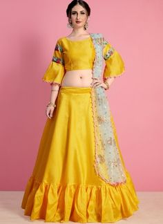 Get the newest brand of lehenga choli. Buy this art silk yellow lehenga choli for wedding. Choli Designs, Lehenga Designs, Blouse Designs, Dress Designs, Plain Lehenga, Yellow Lehenga, Lehenga Skirt, Silk Lehenga, Choli Dress