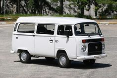 The VW Campervan is still produced in Brazil, now with the watercooled EA-111 1.4 8v Total Flex engine, which runs on petrol (gasoline) or Ethanol. 1390 cc, 78 bhp (58 kW) on petrol, and 80 hp (60 kW) when run on ethanol. 91 lb/ft (124 Nm) of torque #campervan #vwcampervan