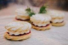 Make your own Christmas biscuits: Viennese whirls