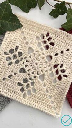 Crochet Square Patterns, Crochet Stitches Patterns, Crochet Squares, Crochet Motif, Crochet Designs, Crochet Small Flower, Love Crochet, Easy Crochet, Crochet Crafts