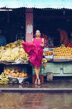 caratlane the girl from FUSS jewellery fashion editorial fruit market panjim stephany pink dress winged eyeliner rhea gupte showstoppers nude makeup beauty on the streets India Goa Big Fashion, Fashion Shoot, Editorial Fashion, Ladies Fashion, Korea Fashion, Fashion 2020, Street Fashion, Fashion Design, Carmen Miranda