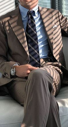 Mens Fashion Suits, Men's Fashion, Men's Outfits, Fashion Outfits, Brown Sport Coat, Classy Men, Sports Jacket, Gentleman Style, Sport Wear