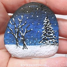 A winter scene rock painting idea is perfect for hiding during these cold winter days. They also make fantastic winter decorations and gift. Practice your blending skills and break out your paint pens, this stone painting tutorial is perfect for all skill Rock Painting Patterns, Rock Painting Ideas Easy, Rock Painting Designs, Painting Tutorials, Painting Techniques, Blue Christmas Decor, Christmas Rock, Christmas Signs Wood, Beautiful Winter Scenes