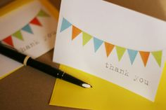 Free printable bunting thank you card. I think I would like to use these for my teacher thank you cards. They would match my classroom decor.