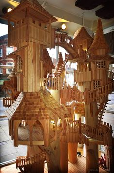 Tree houses by Rob Heard - This one at Little Imps Toyshop - Glastonbury…