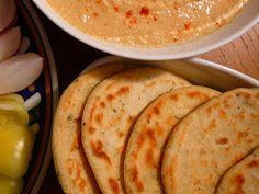 Receptműves: Lepénykenyér (tej- és tojásmentes, vegán) Tej, Paleo, Vegan, Ethnic Recipes, Joker, Food, Essen, Beach Wrap, The Joker