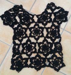 Best 12 Häkelfieber: black top from Flower Grannies Crochet Motif, Crochet Lace, Doily Patterns, Crochet Patterns, Crochet Fashion, Crochet Clothes, Crochet Projects, Black Tops, Free Pattern