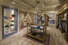 Ciaopanic store by NEXTBASIC DesignWorks, Hiroshima – Japan