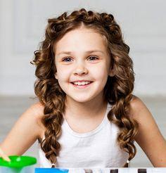 51 Pretty Hairstyles For Your Little Girl hairstyles # hairstyles Easy Little Girl Hairstyles, Teenage Hairstyles, Baby Girl Hairstyles, Summer Hairstyles, Easy Hairstyles, Funny Hairstyles, Girl Short Hair, Short Hair Cuts, Medium Hair Styles