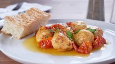 CTV - Mary's Kitchen Crush, Mary In A Minute: Ricotta Gnudi I thought you would love to watch this video Mary's Kitchen, Kitchen Recipes, Cooking Recipes, Italian Dishes, Italian Recipes, Gnudi Recipe, Great Recipes, Favorite Recipes, Brown Butter