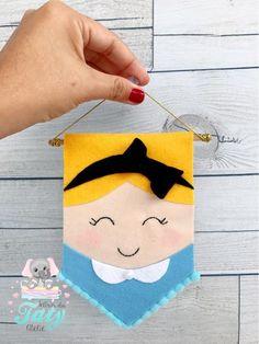 Healthy breakfast ideas for kids age 9 to make 3 12 11 Felt Crafts, Diy And Crafts, Crafts For Kids, Arts And Crafts, Baby Sewing Projects, Sewing Crafts, Felt Kids, Felt Wall Hanging, Felt Banner