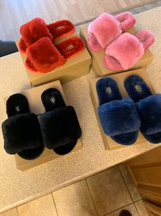Fluffy Shoes, Cute Slippers, Fashion Slippers, Aesthetic Shoes, Fresh Shoes, Hype Shoes, Sneaker Heels, Comfy Shoes, Pretty Shoes