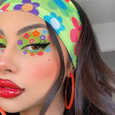 Loving this graphic, retro makeup look that @evyxo_ created! This look features our Liquid Lipstick in the shade Strawberry, perfect for creating red, bright lips! Click the pin to explore our Liquid Lipstick shades 💄 Lipstick Shades, Lipstick Colors, Lip Colors, Beauty Makeup, Eye Makeup, Anastasia Liquid Lipstick, Retro Makeup, Bright Lips, Anastasia Beverly Hills