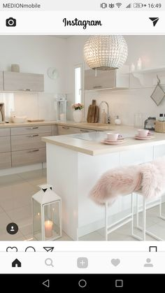 Its a cloudy and chilly day But warm and cosy inside kitchen kitchendesign kk kitchendetails interior inredning interiorandhome intetiordesign interiorandliving interiorinspiration passioninterior classyhome lovelyinterior Cosy Living Room Warm, Decor Home Living Room, Warm Home Decor, Living Room Modern, Diy Home Decor, Small Living, Farmhouse Kitchen Cabinets, Pantry Design, Küchen Design