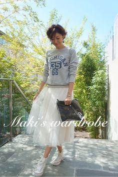 「Maki's wardrobe」の画像|田丸麻紀オフィシャルブログ Power… |Ameba (アメーバ) Modest Fashion, Love Fashion, Girl Fashion, Fashion Outfits, Womens Fashion, Holiday Fashion, Autumn Winter Fashion, Spring Fashion, Skirt And Sneakers