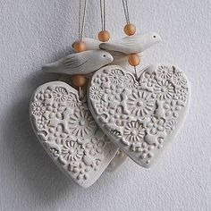 Excellent No Cost modeling clay ornaments Style 15 Best & Modeling Clay Craft Ideas For Adults And Children Diy Clay, Clay Crafts, Arts And Crafts, Stick Crafts, Salt Dough Crafts, Salt Dough Projects, Clay Ornaments, Ornaments Ideas, Paperclay