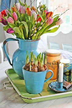 sweet spring vignette