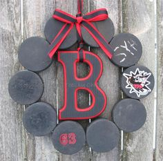 Hockey Love Wreath with One Letter