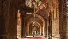 Masjid Wazir Khan, Lahore  A Tryst with Lahore by #Ayushmann Khurana & #Aparshakti Khurana     Tripoto - Share and Discover Trips