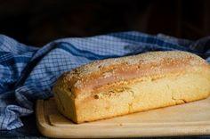 Σπιτικό παραδοσιακό ψωμί   magiacook Greek Bread, Best Bread Recipe, Greek Recipes, Hot Dog Buns, Pancakes, Rolls, Food And Drink, Healthy Recipes, Healthy Foods