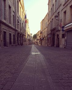 Love my Town ☀️����. . . . Copyrights. All rights reserved  #pic #picture #photo #photograph #photography #photographer #photooftheday #pictureoftheday #montpellier #sun #sunset #morning #time #travel #instagram #instagood #student #lifestyle #work #hard #landscape #beautiful #city #france #love #man #boy #shooting #shoot http://butimag.com/ipost/1564334075228301775/?code=BW1oY2gBanP