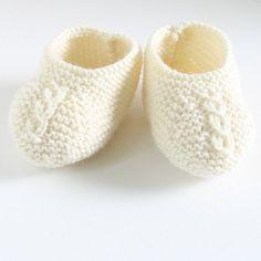 zapatos bebé 28 / explicaciones de tejer en por LittleFrenchKnits