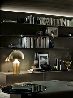 Oluce - Table lamps Atollo