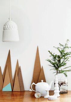 BoligLiv -lehdestä löytyi hauskoja pahvista tehtyjä joulukoristeita.