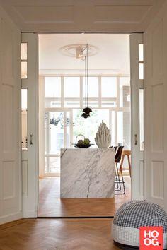 Herenhuis Breda - Hoog ■ Exclusieve woon- en tuin inspiratie. Home Interior, Kitchen Interior, Interior Architecture, Interior And Exterior, Kitchen Decor, Grey Kitchen Designs, Loft Kitchen, Interior Minimalista, Dream Apartment