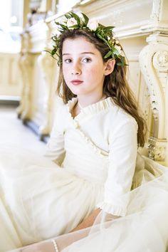 photo Vestido de comunion y corona de flores_zpsijug1sub.jpg
